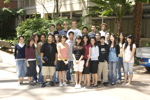 UCLA Engineering Holds Summer Research Program for High School Students