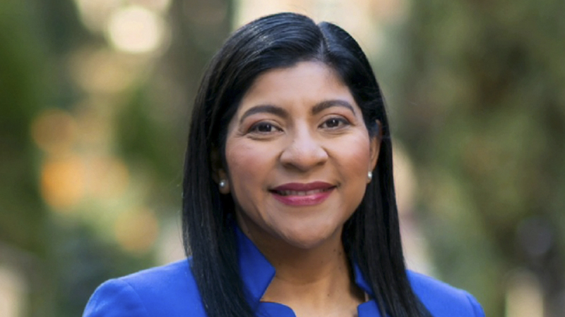 Alumna Evelyn Cortez-Davis Shares Journey to Becoming Highest-Ranking Latina Engineer at LADWP