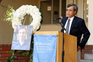 Professor T-C. Tsao speaks at the vigil for Professor William Klug, June 3, 2016.