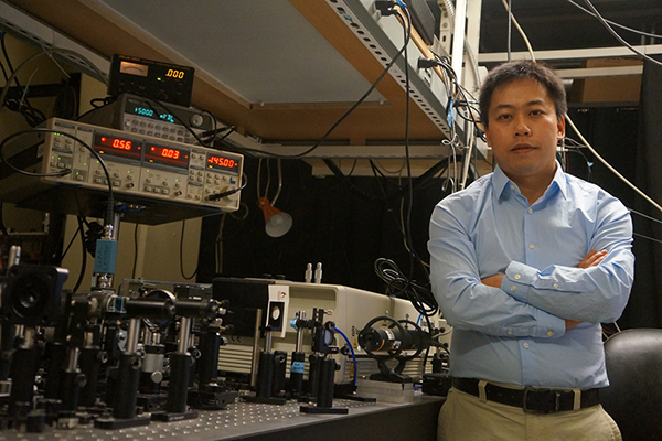 Hu receives NSF CAREER Award to explore new thermal management materials
