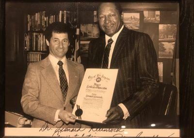 Leonard Kleinrock with former Los Angeles Mayor Tom Bradley